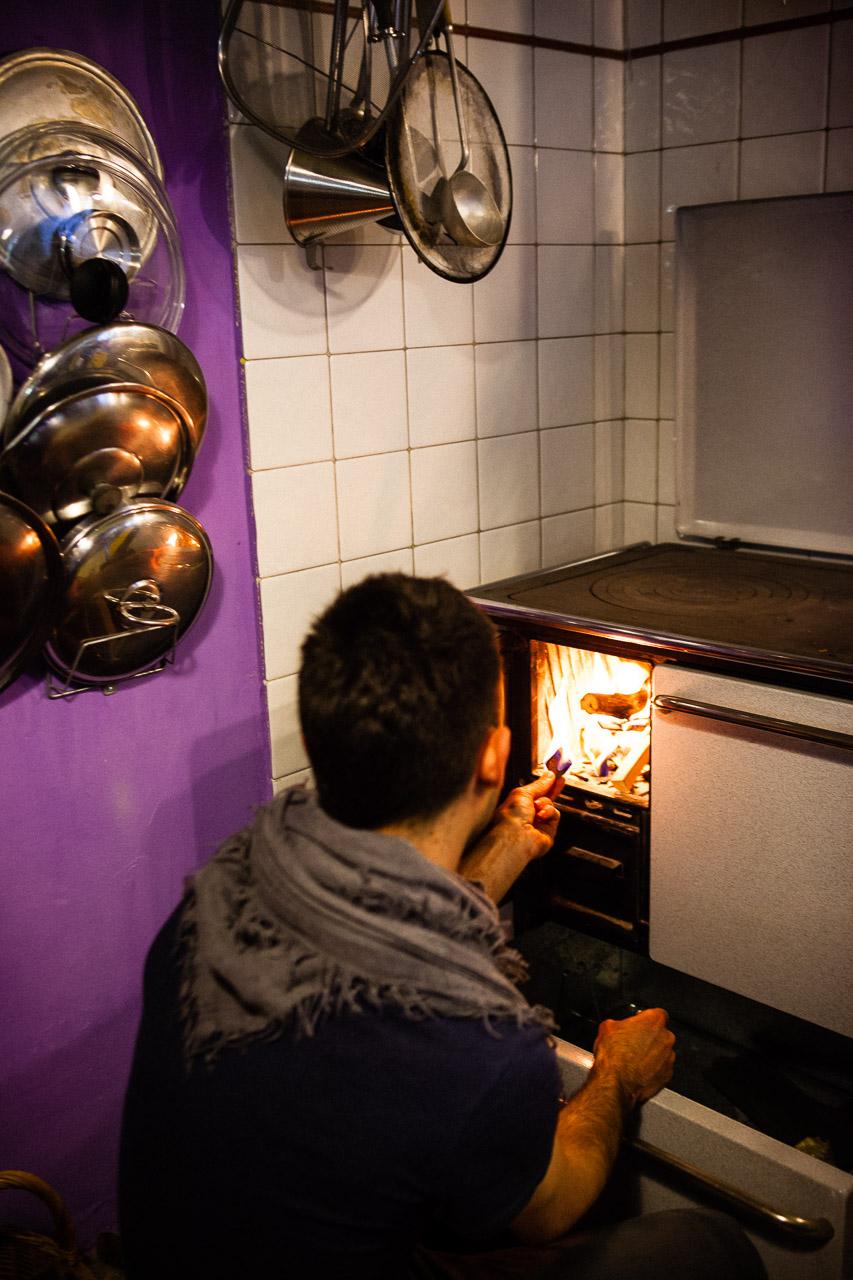 Cooking in MezzoMonte. © Eilon Paz - www.eilonpaz.com